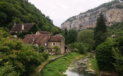 Tolles Tal mit ohne Grotte